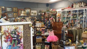 Quizzy Antique Store Shot